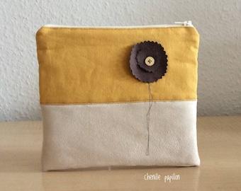 Case bag pouch - travel - elegant pouch - makeup pouch