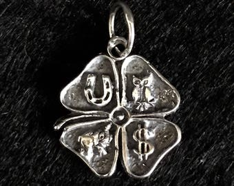 Lucky hanging Clover in sterling silver 2 cm