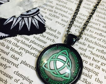 Triquetra Pendant Necklace
