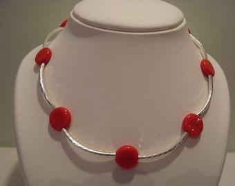 Red arrow necklace