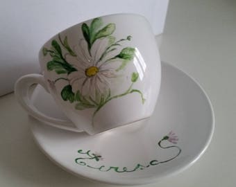 Teacups with saucers decorated by hand and customizable