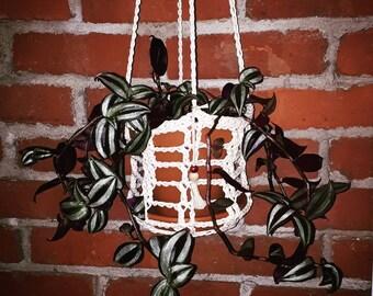 Plant Hanger 'JEANETTE' 6-inch Pot - Crocheted