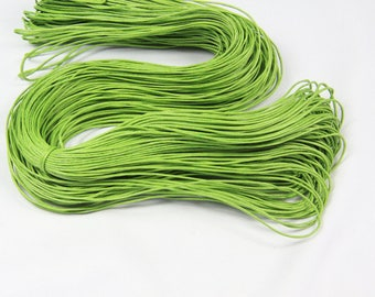 Skein of approx. 80 M green cord 1 mm waxed cotton thread