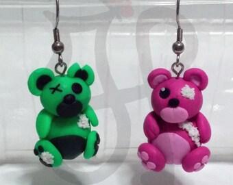 "Stuffed Teddy bears ""do you love me even if I'm broke?"""