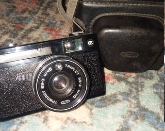 Triplet 69-3 4/40 camera with case