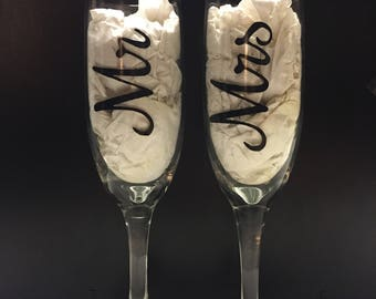 His & Her Champagne Flutes