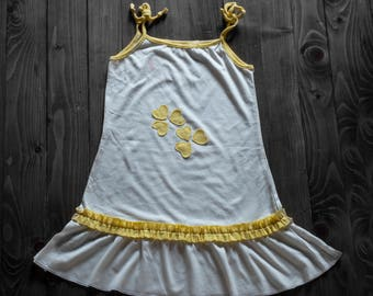White girl dress with yellow hearts