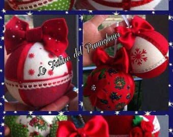 Christmas balls/decorations in felt made by hand