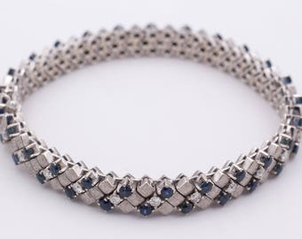 Bracelet in white gold, sapphire and diamonds brilliant cut
