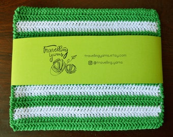 St. Patrick's Day, Celtic, Crochet Pot Holder, Crochet Potholder, Hot Pad, Oven Mitt, Pot Stand, Coaster, Kitchen Decor, Green, White, Gift