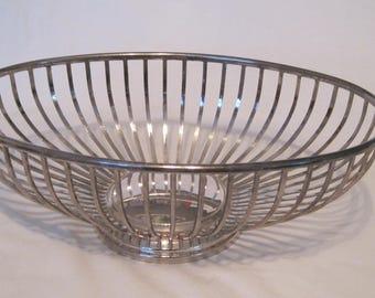 Wonderful Italian Silverplate Oval Wire Bread Basket