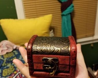Mini Bombay jewelry box