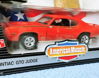 "1969 Pontiac GTO Judge American Muscle 1:18"" Diecast Metal Model Car"