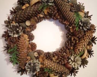 Decorative wreath of cones