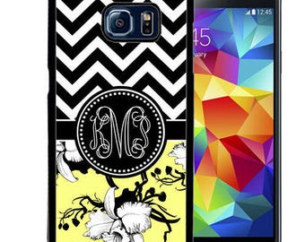 Monogrammed Rubber Case For Samsung S5, S6, S6 edge, S6 Edge Plus, S7, S7 Edge,  8, 8 plus - Yellow Flower Chevron