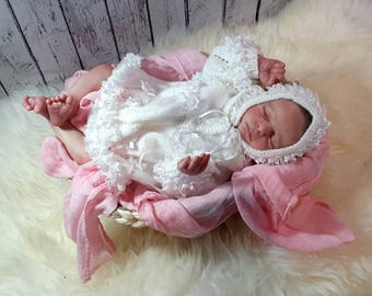 Realborn Madison with COA realistic reborn doll, handpainted, limbs, newborn, drawn, weighted.
