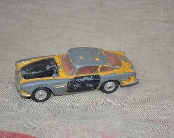 Corgi Toys Aston Martin DB4