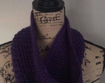 Brown Cowl / Brown Infinity Scarf / Infinity Scarf / Handmade Cowl / Gift for Mom / Women's Gifts / Handmade Cowl / Handmade Gift / Handmade