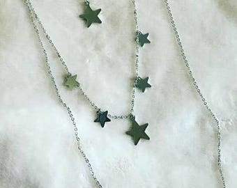 Three-round necklace with stars