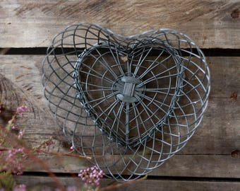 French antique small wire heart basket.  Antique wire basket. Rustic primitive heart.Baking tins. French kitchen. French basket. Heart decor