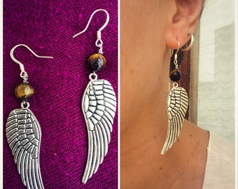 Winged earrings with tigers eye