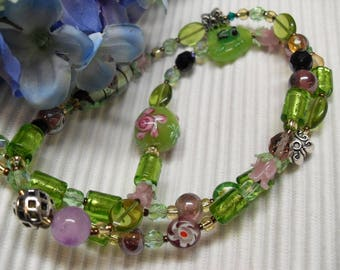 Necklace green, pink, purple, lamp work, frog, Rose, flower, long, silver