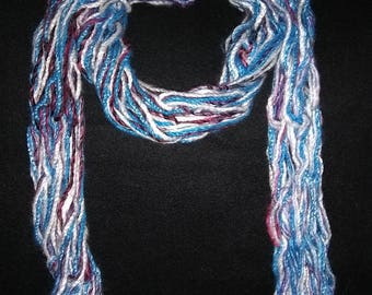 Traditional wrap-around scarf