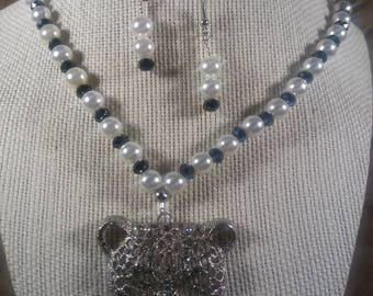 Necklace Womans Hematite and Pearls. Panther Pendant with Rhinestone Embedded, and matching Earrings