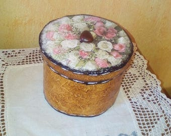 Handmade decorated boxes