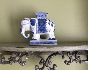 Vintage Blue and White Porcelain Elephant Vase Figurine Statue Knick Knack Chinoiserie Hollywood Regency Asian