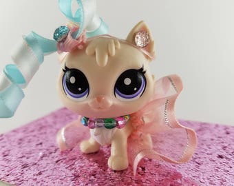 LPS Accessories - Littlest Pet Shop LPS custom outfit clothes accessories  includes lps skirt, necklace ** Cat not included **