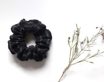 Black and white pinstripe scrunchie