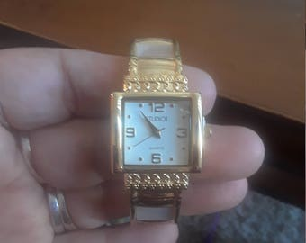 Vintage Studio Time mother of pearl watch