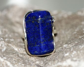 Statement Lapis Lazuli adjustable ring. Astonishing piece of Lapis Lazuli fitted in sterling silver. Handmade & unique. Ring is adjustable.