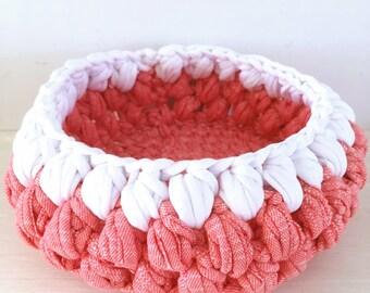 Storage basket Crochet home decor organizer Jewelry basket cotton Fabric bin storage container Round white and red basket decorative bin