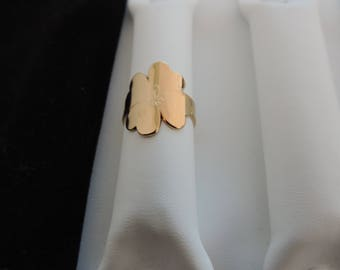 gold plated clover ring