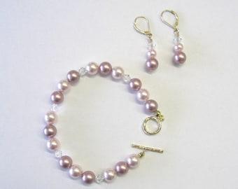 Beautiful Swarovski Pearl & Crystal Bracelet/ER Set