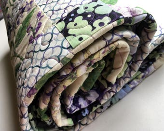 Lap Quilt, Hydrangea Fabric, Purple and cream, Handmade quilt, Sofa Throw, Floral fabric, Cotton blanket