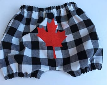 CANADA 150 - MAPLE LEAF Baby Bloomers - Unisex - Buffalo check black + white - sizes 3 months - 2 yrs.