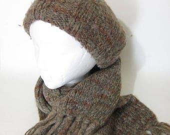 ON SALE Vintage 70s Knit Hat Beret and Scarf Mod Hippie Dusty Brown Mens Womens Winter Hat Scarf Set