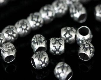 KE-021 thai karen hill tribe silver 8 flower print fancy bead