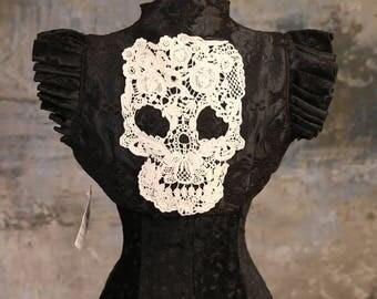 M - Crochet Skull Cameo Vest