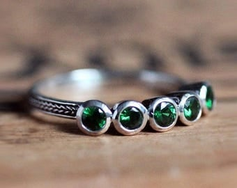 5 stone ring, tsavorite garnet ring, five stone ring, annivesary ring, anniversary band for her, anniversary rings for her, size 5 6 or 7