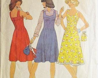 60% OFF SALE 1970s Vintage Sewing Pattern Simplicity 7437 Misses Dress or Jumper Pattern Size 10 Bust 32 1/2