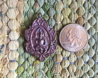 Unusual Floral Motif Coppery Bronze Sitting Thai Buddha Amulet Pendant