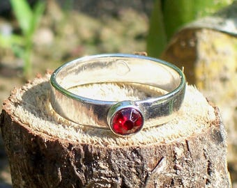 Sterling Silver Ring with Ruby Red Crystal Stone Size 8