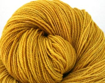Mohonk Light Hand Dyed fingering weight NYS Wool 550yds 4oz Pollen