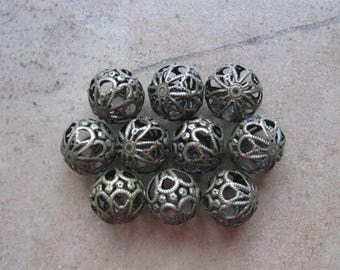 Filigree Beads, Metal Beads, Beads for Enameling, filigree, enameling supplies, enameling, jewelry supplies, filigree, round beads