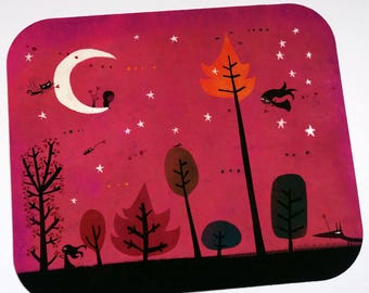 Card, small Messenger sitting on Moon