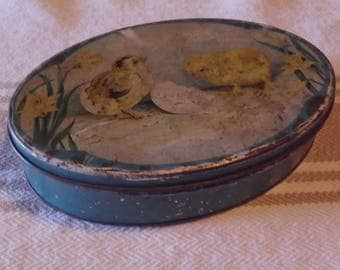 Vintage Tinedeco Litho Hatching Chicks Easter Tin